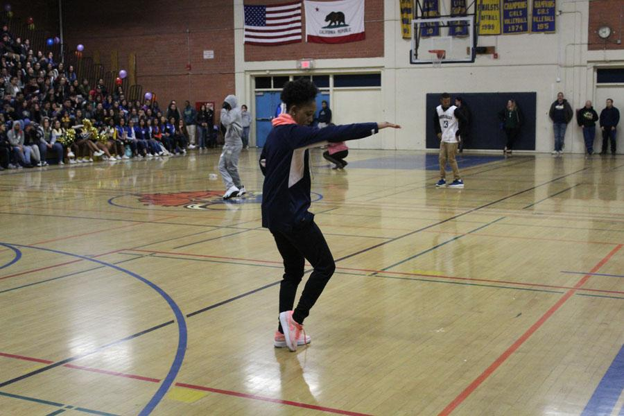 Thalia Jackson wins the dance-off for the class of 2017, January 20, 2017.