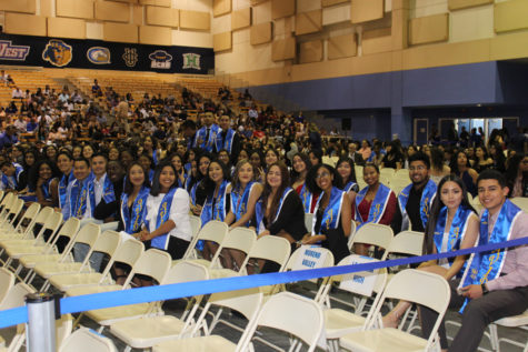 Senior AVID Students Recognized at UCR