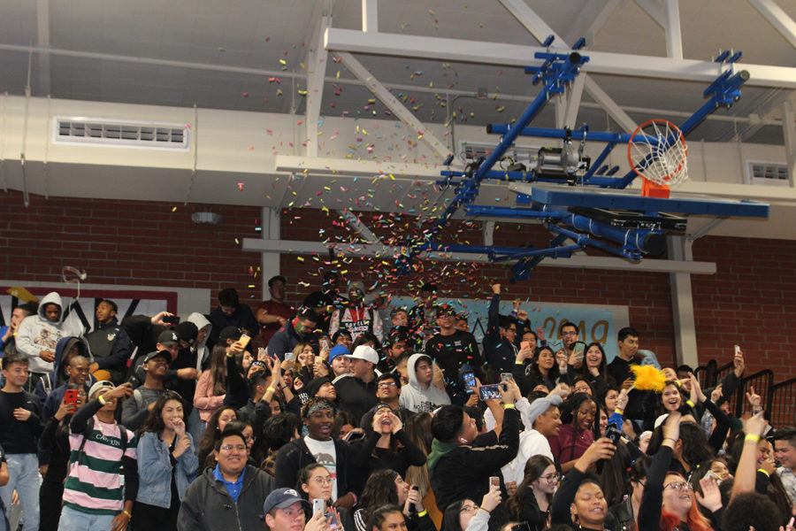 MVHS Went Greek For the Winter Pep Rally